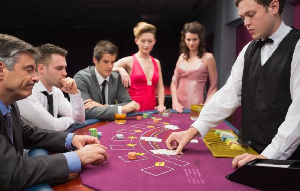 How to Make a Blackjack Table