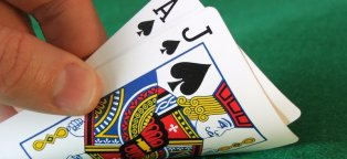 How to win at Blackjack in a casino?